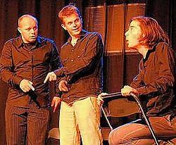 Op Sterk Water brengt hilarisch theater. Ingezonden beeld