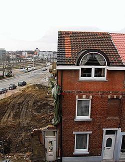 Het huis Wynants is het laatste dat overeind blijft in de te onteigenen zone.Johan Van Cutsem<br>