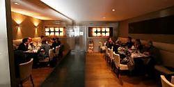 Het interieur van Mange-Tout is trendy en rustgevend. gre <br>