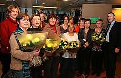 Tijdens de nieuwjaarsreceptie van het OCMW werden alle onthaalouders in de bloemetjes gezet. Michel Vanneuville