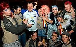 Jacques de Maesschalk (43) wordt bejubeld als de nieuwe prins carnaval van Lede. <br>Carol Verstraete