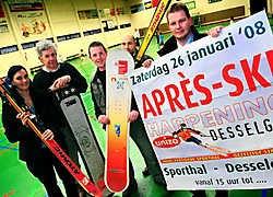 Bart Debels en het bestuur van Unizo ruilen voor de derde editie van Après-Ski de traditionele feesttent voor de ruimere sporthal. Patrick Holderbeke