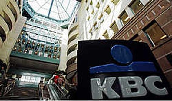 KBC nam 2, 3 miljard schulden terug op balans
