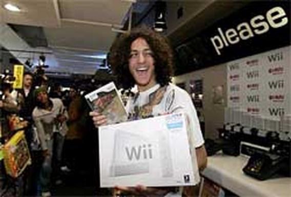 Wii stuwt winst Nintendo helft hoger