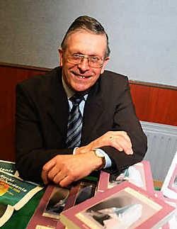 Professor Stefaan Top droomt al hardop van een Engelse vertaling van zijn nieuwe boek: 'Mijn boek kan ook op de Angelsaksische markt brokken maken.' Bart Vandenbroucke<br>
