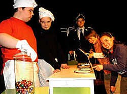 Bij het nieuwe theaterproject van Theater Piep krijgt zoveel mogelijk jong talent de kans om voor het voetlicht te treden. Eddy Van Ranst<br>