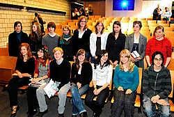 Al de laureaten van de 22ste schrijfwedstrijd mochten hun prijs in ontvangst nemen.Patrick Holderbeke