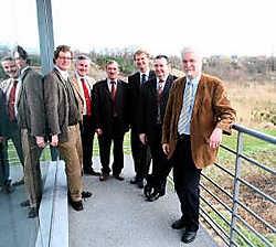 In Niel werd het akkoord ondertekend tussen de provincie Antwerpen en de vijf burgemeesters van de Rupelstreek.Eddy Van Ranst<br>