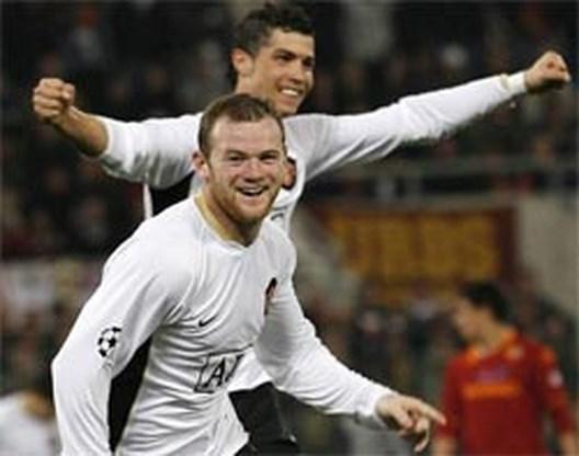 Rooney spuwt fotograaf in het gezicht