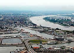 Het Eilandje is bijzonder 'populair': het Havenbedrijf verwerkt maandelijks tien tot twintig aanvragen van bedrijven die een concessieovereenkomst willen afsluiten.Koen Fasseur<br>
