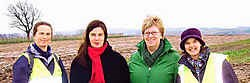 Ann (van links), Marijke, Cristel en Heidi willen in de Oxfam Trailwalker 1.500 euro inzamelen. Vrijdag organiseren ze al een kooravond. ingezonden foto