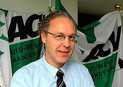 Luc Decavel (ACV): 'De VDAB houdt geen rekening met de stijging van de tijdelijke werkloosheid.'<br>Patrick Holderbeke<br>