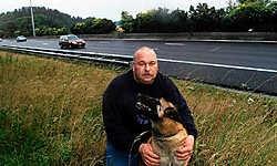 Dirk Blanchart van BLID wil de erkenning als dierenasiel om dieren die hij opvangt te kunnen aanbieden voor adoptie.Carol Verstraete