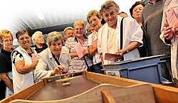 Duizend senioren genoten op de West-Vlaamse Seniorensportdag van tal van sporten.<br>