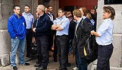 De cipiers legden gisteren het werk neer na een zoveelste zwaar incident met een gevangene. Vandaag is er een overlegvergadering tussen personeel, gevangenisdirectie en het kabinet van Justitieminister Vandeurzen.Walter Saenen<br>