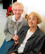 Mariette De Win (links) en Marie Zelieznikas. yds