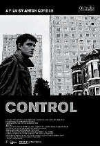 De film is in zwart-wit opgenomen. if