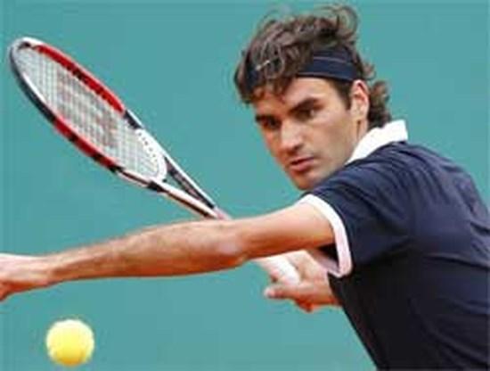 Federer knokt zich naar derde kans