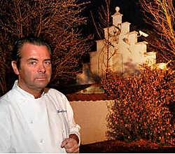 Danny Horseele voor zijn vroegere restaurant 't MolentjeMichel Vanneuville<br>