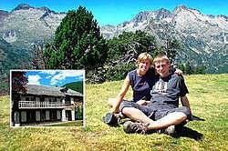 Greet<br> De Roubaix en Arnout Dierick ruilden het Pajottenland voor de Franse Pyreneeën. Inzet: hun gastenverblijf Maison Fouga. Yvan <br>De Saedeleer