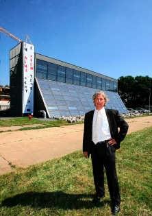 Daniël Verheyen: 'Niemand kan nog om duurzaam bouwen en hernieuwbare energie heen.' Louis Verbraeken