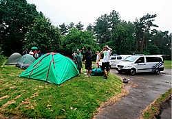 Leden van Jong Groen! hebben gisteren hun tentjes opgeslagen nabij KampA. Ze vragen een groene bestemming voor het militaire domein. Louis Verbraeken