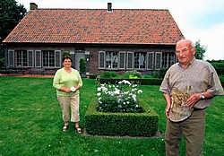 De tuin van Herman en Juliette Vandevelde is onderdeel van de Sentse fiets- en bloemenroute. Michel Moens<br>