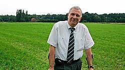Algemeen directeur Louis Delcart van Haviland: 'Tegen 2011 zouden de eerste bedrijven op de site in Westrode operationeel moeten zijn.'<br> Koen Merens