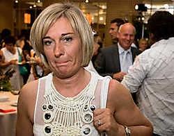 Miriam Crombé, met op de achtergrond Ignace Crombé.gbr<br>