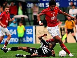 Marouane Fellaini (rechts) gaat niet naar de Spelen. Althans dat zegt hij zelf.belga<br>