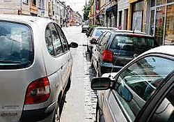 De politie belooft de overlast in de meest gevoelige straten in september grondig te gaan aanpakken.fvv