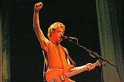 Lou Reed, eind juni op het podium van het Royal Albert Hall in Londen. photo news<br>