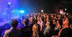 Gent heeft er wel een uitstekende concertplek bij, maar tijdens de Feesten heeft 'een mooie locatie in openlucht gedurende tien dagen' nog altijd ieders voorkeur.gia