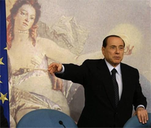 Berlusconi censureert tepel