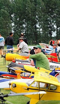 Dit weekend was de Spechtbaan het paradijs voor liefhebbers van modelvliegtuigjes. Hendrik De Rycke <br>