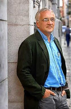 'Het is niet de eerste keer dat ik een roman op mijn weblog publiceer terwijl ik nog aan het schrijven ben', aldus Stef Vancaeneghem. David Stockman<br>