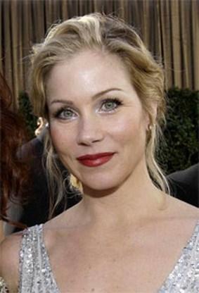 Christina Applegate is '100 procent kankervrij'
