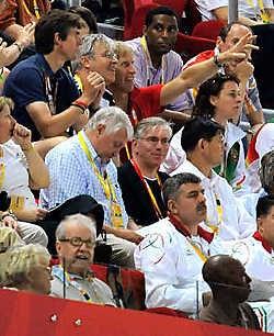 Bert Anciaux volgt Kim Gevaert in Peking: 'Ik hoop dat ze in de sport blijft.'blg<br>