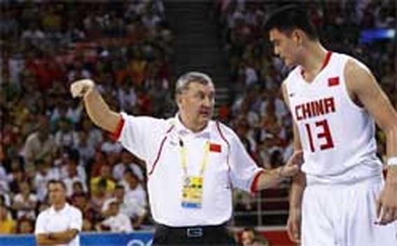 Litouwse coach van China stopt ermee