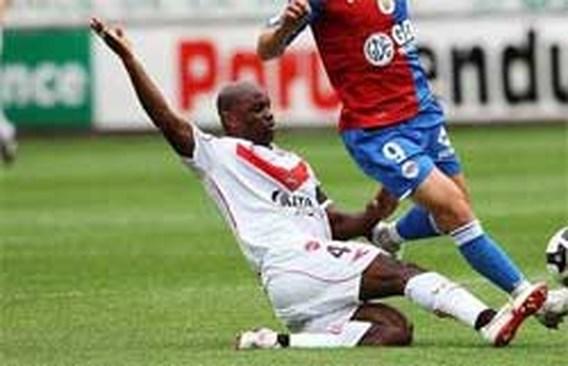 David Sommeil (Valenciennes) krijgt hartaanval op training