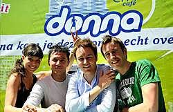 De nieuwe Donnaploeg heeft het tij niet kunnen keren. Van links naar rechts: Evi Gruyaert, Dave Peeters, Ben Roelants en David Van Ooteghem. vrt<br>