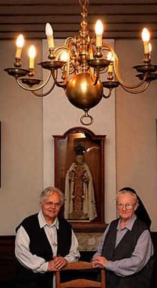 Zuster Lutgarde en zuster Marie-Jozef beleven hun laatste dagen in de priorij van Hunnegem. Frank Bahnmuller<br>
