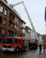 De brandweermannen hadden de vuurhaard snel onder controle. lvl