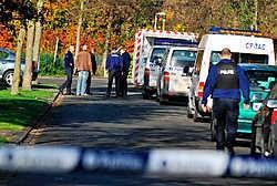 Een indrukwekkende politiemacht ontplooide zich omdat men vermoedde dat de daders nog in de buurt waren. Patrick Holderbeke<br>