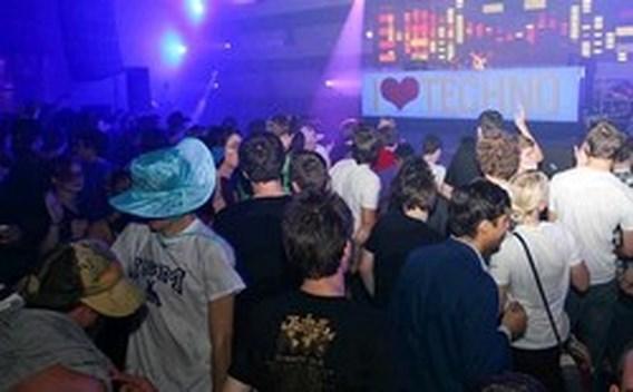 Helft gecontroleerde I Love Techno-fans station Gent hadden drugs