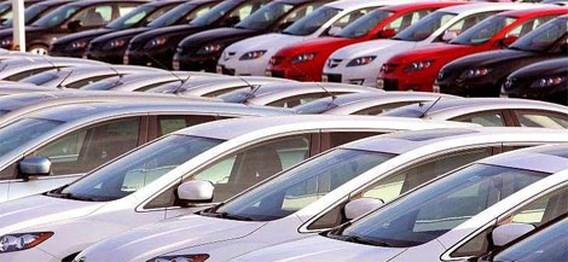 Autoproducenten blijven flink in het rood