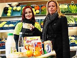 Katrien Floridoor moet zich bij het winkelen beperken tot wat strikt nodig is. Koen Merens