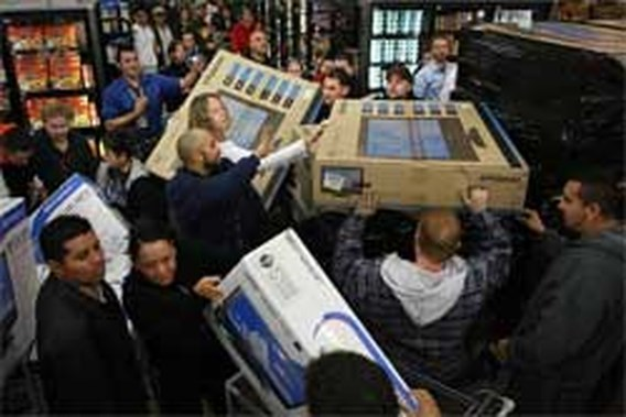 Medewerker Wal-Mart vertrapt door koopjesjagers