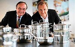 Vader Maurits en zoon Christophe Demeyere zijn al de derde en de vierde generatie aan het roer van <br>het vermaarde kookpotten-<br>bedrijf Demeyere. Demeyere