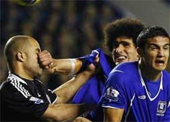 Fellaini houdt Chelsea op gelijkspel